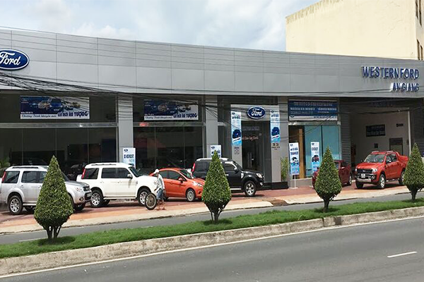 Showroom Ford An Giang